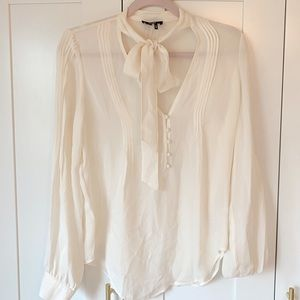 Paige Top With Neck Tie Detail